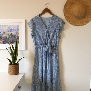 Light Blue Girly Animal Print Midi Dress with Belt Size Large